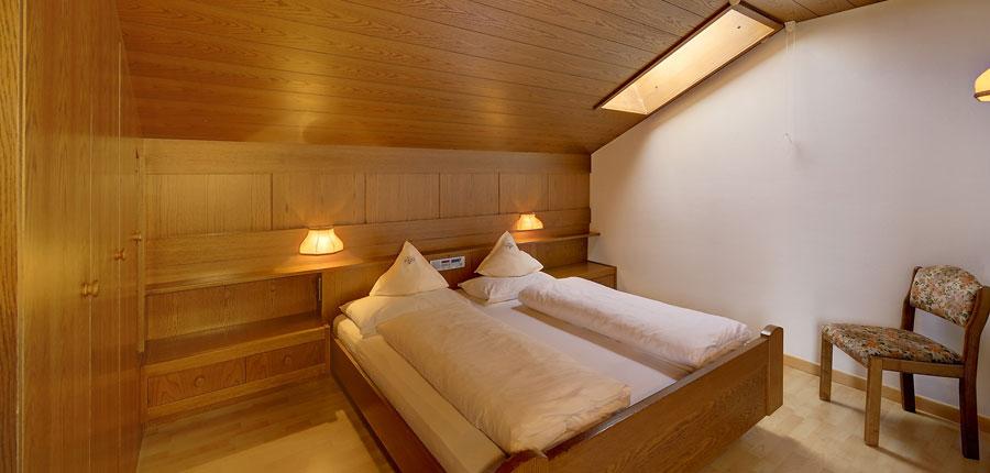 italy_dolomites_selva_hotel-alaska_bedroom3.jpg
